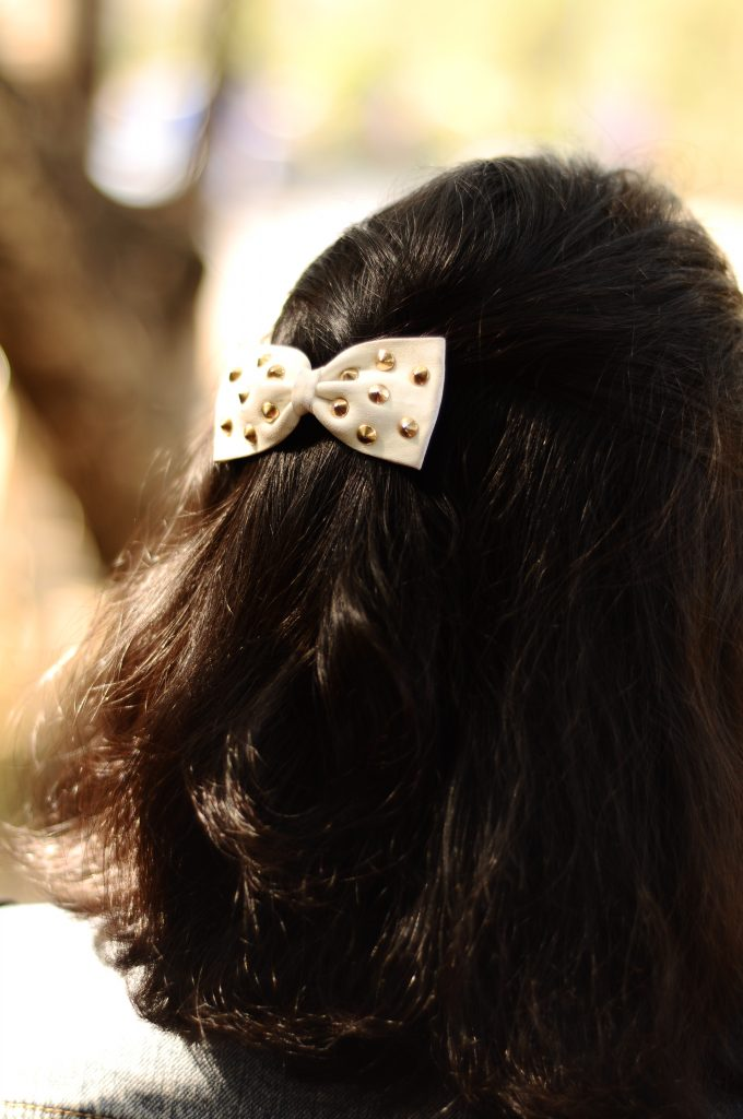 Studded Bow Clip: Forever 21