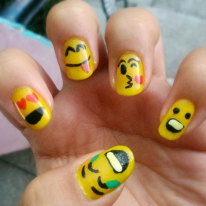 Happy Smiley Nail Art!